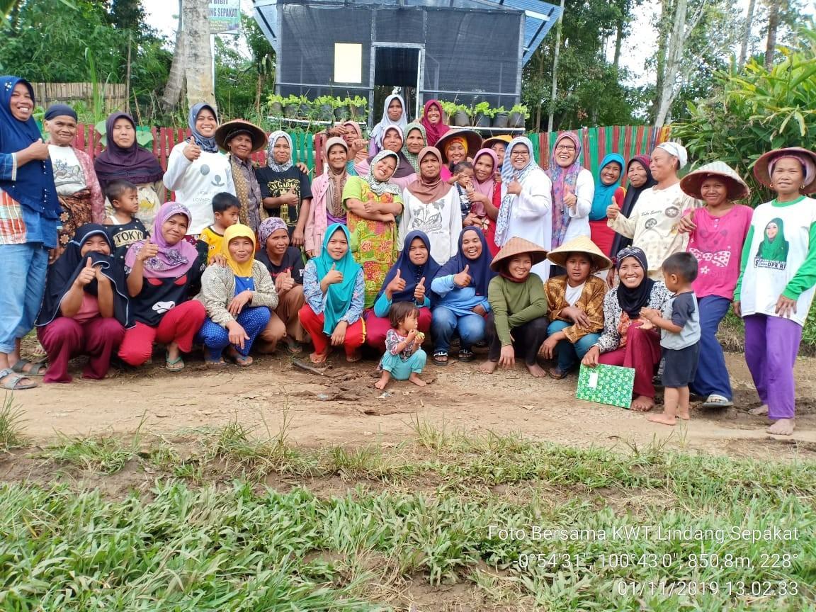 Pembinaan dan Monev ke Demplot KRPL KWT Lindang Sepakat Jorong Kapalo Koto Nagari Dilam
