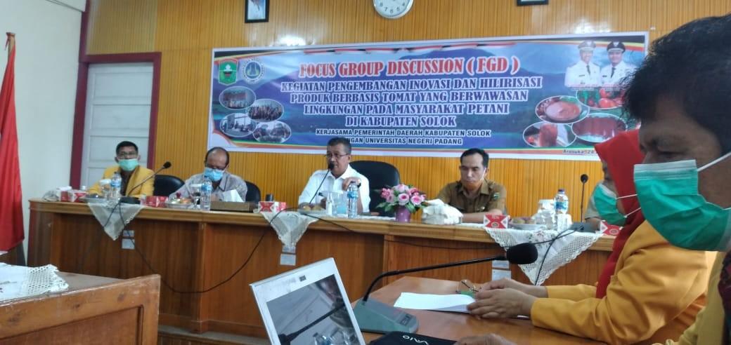 Focus Group Discussion (FGD)kegiatan Pengembangan Inovasi Tomat diruang Bukit Cambai Barenlitbang